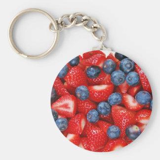 Frische Blaubeeren und Erdbeeren Schlüsselanhänger