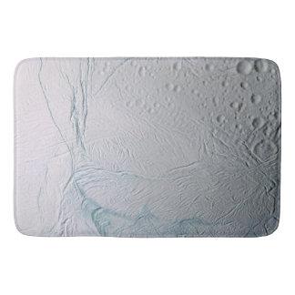 Frische Tiger-Streifen auf Enceladus Badematten