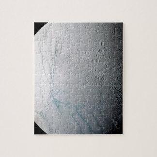 Frische Tiger-Streifen auf Enceladus Puzzle