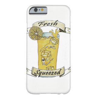 Frische zusammengedrückte Limonade-Haifische Barely There iPhone 6 Hülle