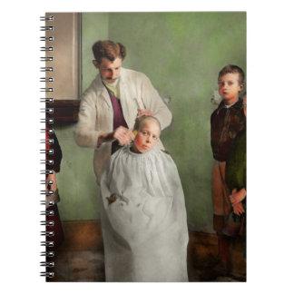 Friseur - Haarschnitt-Tag 1918 Spiral Notizblock