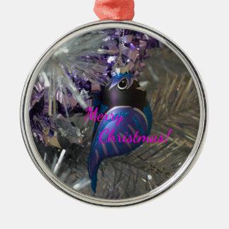 Frohe Weihnacht-atemberaubende blaue Rundes Silberfarbenes Ornament