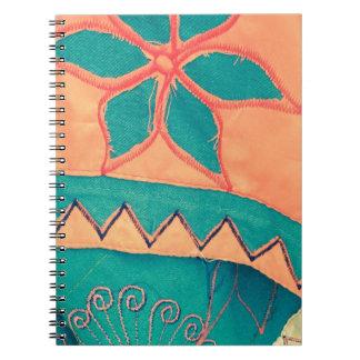Fröhliches stammesmuster orange Türkis SIRAdesign Spiral Notizblock