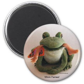 Frosch, der einen feenhaften Magneten isst Runder Magnet 5,7 Cm