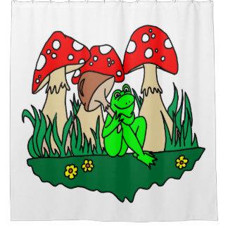 Frosch in den Pilzen Duschvorhang
