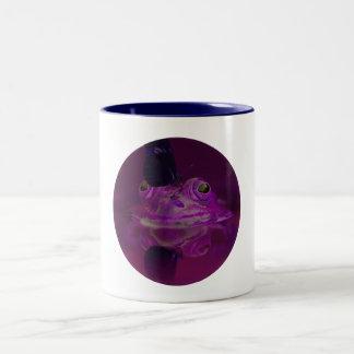 Frosch-und Schmetterlings-Kaffee-Tasse in Lila Zweifarbige Tasse