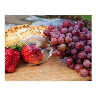 Frucht-Brot-und Wein-Picknick Postkarte