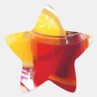 Fruchtzitrusfruchttee mit Zimt und Orange Stern-Aufkleber