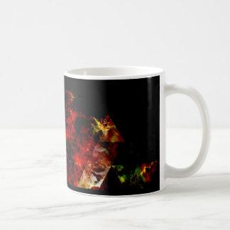 Frühe Bühnen des dreieckigen Nebelflecks Kaffeetasse