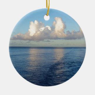 Früher Morgen Meerblick-Wolkenreflexionen Keramik Ornament