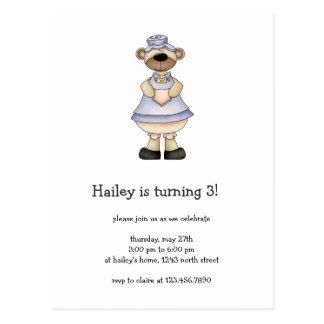 Frühlings-Bären · Blau-u. Aprikosen-Kinderschürze Postkarte