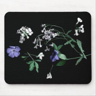 Frühlings-Blumen auf schwarzem Mousepad