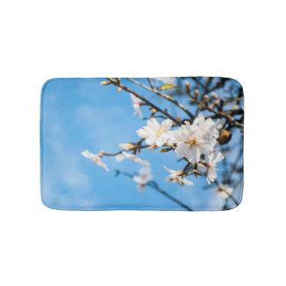 Frühlings-Kirschbäume Badematte