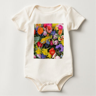 Frühlingsblumenstrauß durch Thespringgarden Baby Strampler