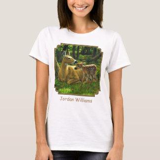 Frühlingwhitetail-Kitz und Mutter-Rotwild T-Shirt