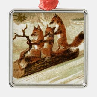 Füchse auf LOGON-Schnee Quadratisches Silberfarbenes Ornament
