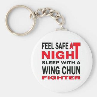 Fühlen Sie sich am Nachtschlaf mit einem Flügel Standard Runder Schlüsselanhänger