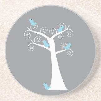 Fünf blaue Vögel in einem Baum-Grau-Untersetzer Sandstein Untersetzer