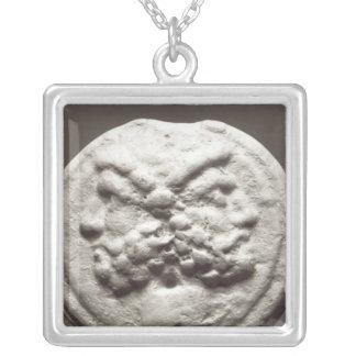 Fünf Münzen, die Janus, Jupiter darstellen Halskette Mit Quadratischem Anhänger