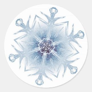 Funkelnd blaue Schneeflocken Runde Aufkleber