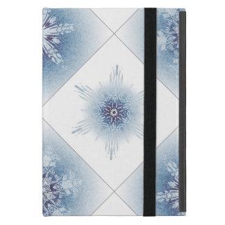 Funkelnd blaue Schneeflocken iPad Mini Hülle