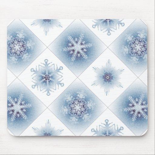 Funkelnd blaue Schneeflocken Mauspads