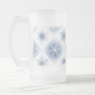 Funkelnd blaue Schneeflocken Kaffeetasse