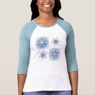 Funkelnd blaue Schneeflocken Hemden