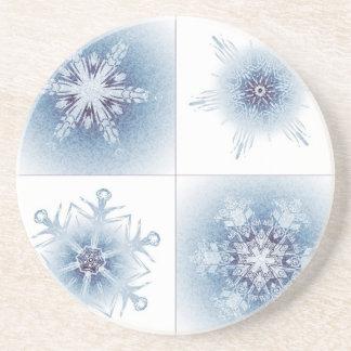 Funkelnd blaue Schneeflocken Untersetzer