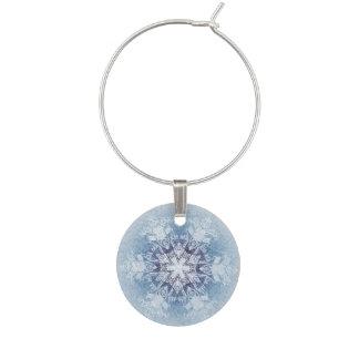 Funkelnd blaue Schneeflocken Glasdekorierung