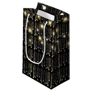 funkelnde Lichter auf Schwarzem Kleine Geschenktüte