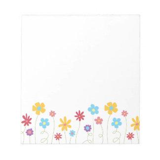 Funky Frühlings-Blumen Notizblock