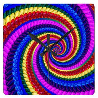 Funky Regenbogen-Strudel-Fraktal-Kunst-Muster Quadratische Wanduhr