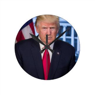 Für Fans Präsidenten-Donald Trump Runde Wanduhr