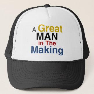 für Jungen und Kinder - ein großer Mann in der Truckerkappe