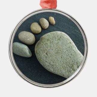 Fuss aus Stein Silbernes Ornament