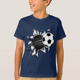 Fußball, der heraus sprengt T-Shirt