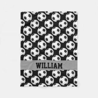 Fußball-Fan trägt personalisiertes Fleecedecke