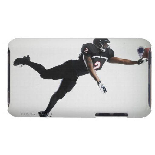 Fußballspieler, der in mittlere Luft springt, um B iPod Touch Etuis