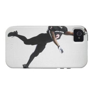 Fußballspieler, der in mittlere Luft springt, um iPhone 4/4S Case