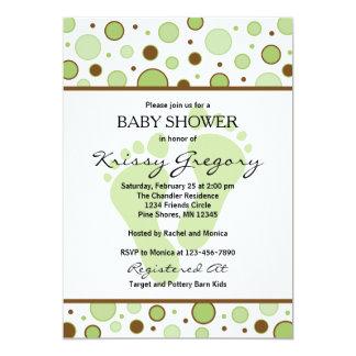 Füße und Punkt-grüne Babyparty-Einladungen Karte