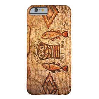 Füttern der Vielzahl mit 5 Laiben und 2 Fischen Barely There iPhone 6 Hülle
