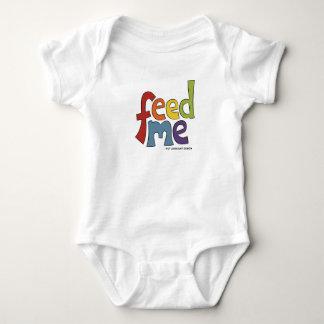 Füttern Sie mich, wachsen Baby in den Baby Strampler