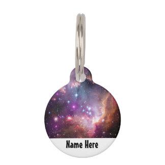 Galaktische Weltraum-lila Nebelflecke Haustiermarke
