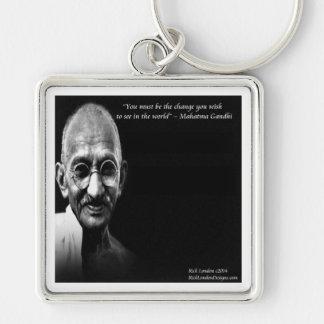 Gandhi ist das Änderungs-Klugheits-Zitat Schlüsselanhänger
