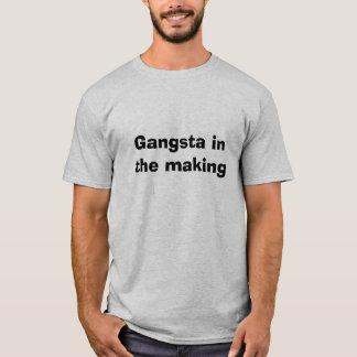Gangsta in der Herstellung T-Shirt