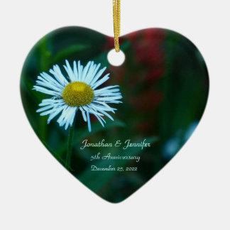 Gänseblümchen-5. Hochzeitstag-Herz geformt Keramik Herz-Ornament