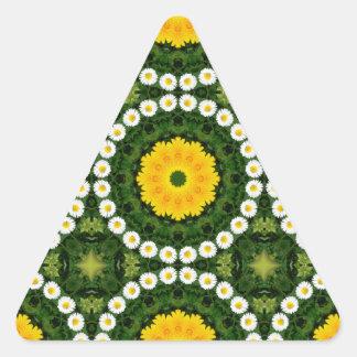Gänseblümchen-Natur, Blume-Mandala Dreieckiger Aufkleber
