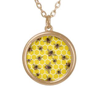 Ganz über Bienen auf Bienenwaben-Halskette u. Vergoldete Kette