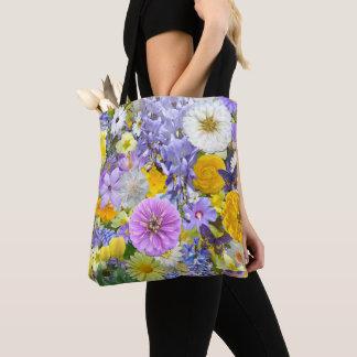 Ganz über Tasche - Blumen und Schmetterlinge